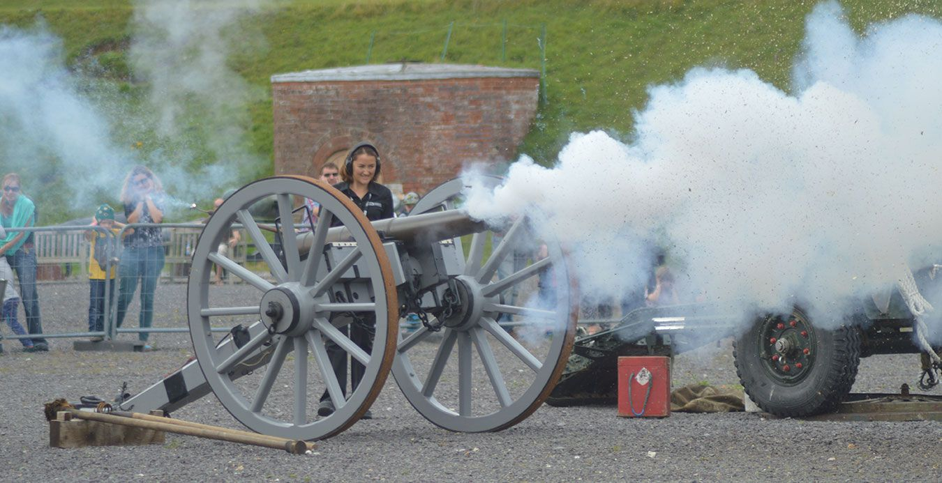 Teresa fires an original British 6 pounder gun that was used by the Royal Horse Artillery during the Battle of Waterloo as part of her role as Museum Assistant at Fort Nelson