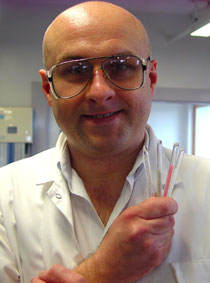 Photo of Dr Roman Kresinski.