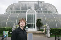Alastair Muir worked in the laboratories at Kew Gardens during his degree