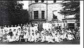 Gypsy Hill staff and students in Kingswood garden, c.1931