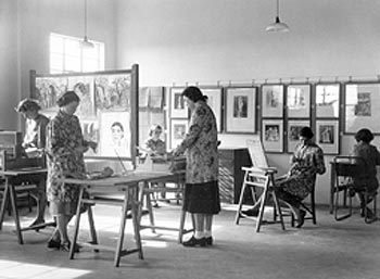 Gypsy Hill College art studio at Kenry House, c.1950