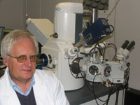 Dr Peter Treloar has been using Kingston University's new extended variable pressure scanning electron microscope to undertake more in-depth research.